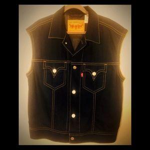 Men's Vintage Levi Iconic Vest nwot